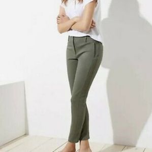 LOFT Skinny Ankle Modern Chino Pants in Olive